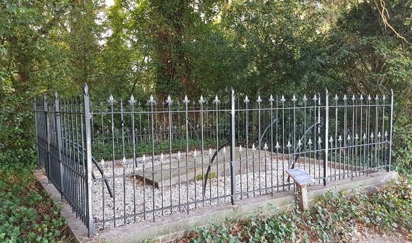 De kleinste begraafplaats na het onderhoud   | Fotonummer: bb08b0