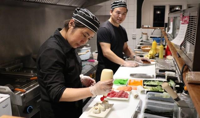 Alles wordt ter plekke vers gemaakt in de open keuken van het restaurant. Foto: E.J. Daalder