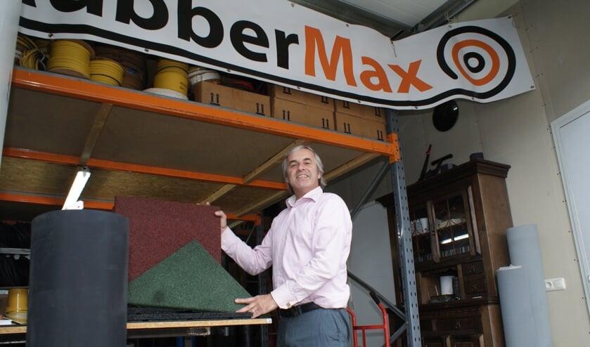 Max de Graaf van RubberMax is gespecialiseerd in rubberen vloeren, matten, profielen en nog veel meer. Foto: VSK