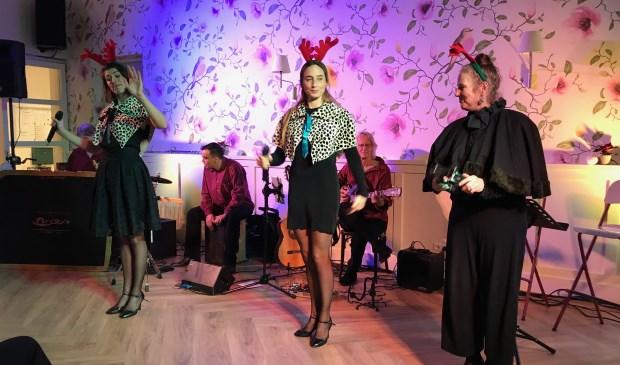 Muziektheater Briza imponeerde met het kerstprogramma. Foto: De Toonzetter