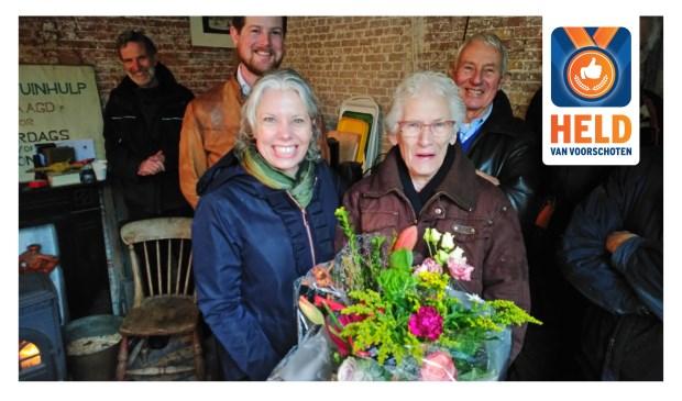 De vrijwilligers van Berbice zijn 'Held van Voorschoten'. Foto: VVD Voorschoten