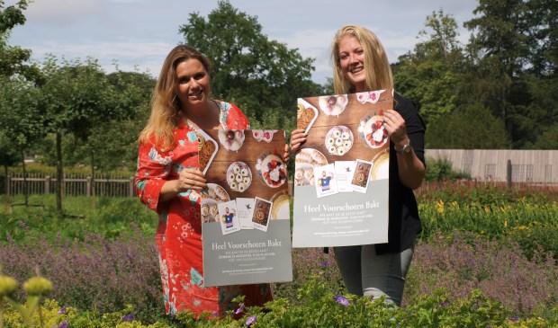 Linda van Klaveren (l) en Nancy Hoogendoorn (Mevrouw Baktaart) roepen heel Voorschoten op om te gaan bakken! Foto: Vsk