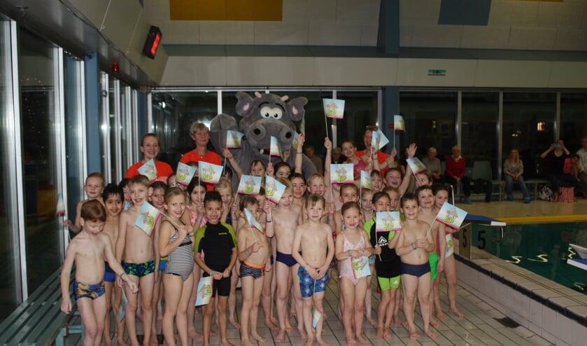 61 kinderen zwommen zondag af in zwembad Het Wedde. Foto: Het Wedde