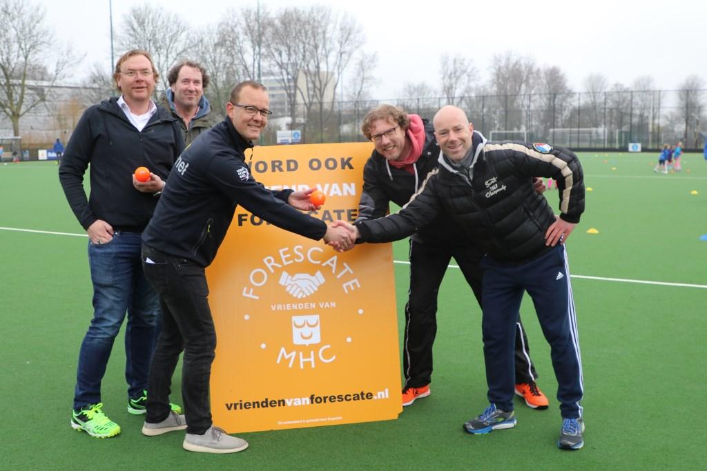 Doe mee, word ook Vriend van Forescate moedigen de Vrienden Van Forescate aan. Op de website www.voorschotensekrant.nl meer foto's. Foto: Ad de Gruiter