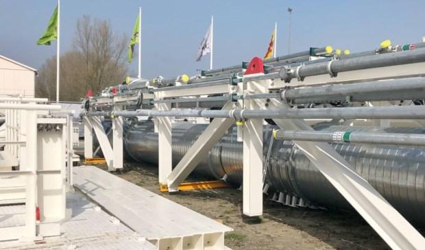 Het eerste deel van de tunnelboormachine is gearriveerd op de bouwplaats van de Rijnlandroute