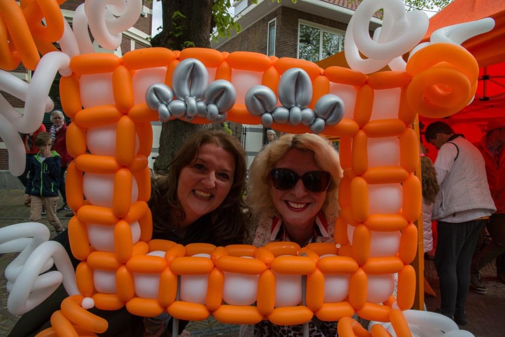 Oranje Boven, feest in Voorschoten. Foto: Nelleke de Vries  © VSK
