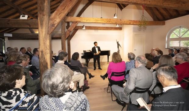 Het publiek genoot van het optreden van Ardjoena Soerjadi afgelopen zaterdag in de Klankvijver. Foto: Idsard Bosman