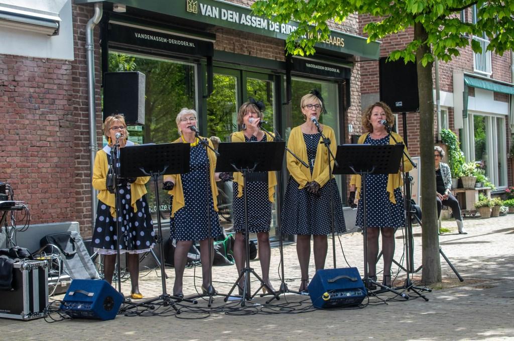 De close harmony Groep De Dixie Dames Foto: Demi van Hutten © VSK
