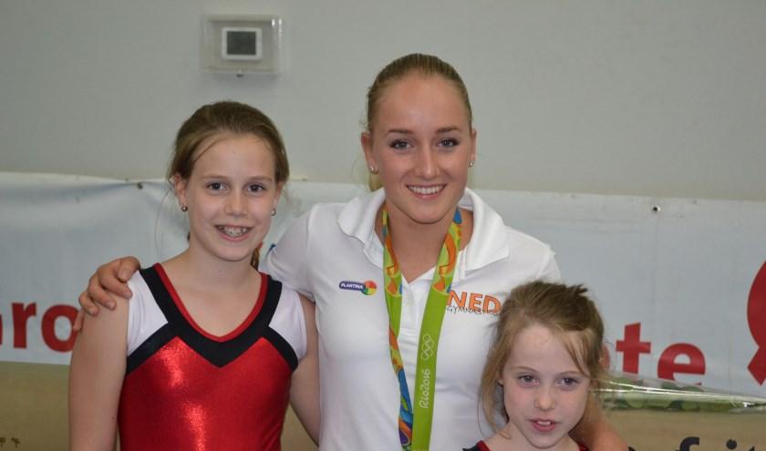 Als afsluiting werd de Olympische medaille geshowd en gingen Quinty en Daniëlle op de foto met Sanne.