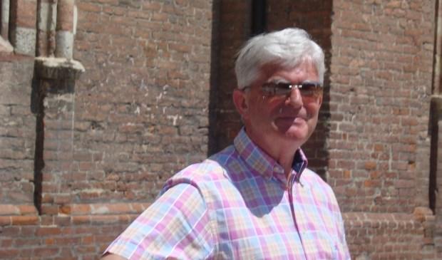 Otto Schrage is coördinator van Leergeld Voorschoten. Hij zoekt een opvolger