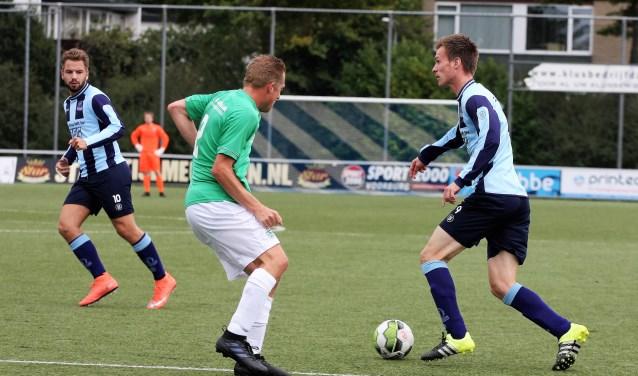 Joshua Steenvoorden (links) & Marc du Chatenier (Forum Sport) scoorden zaterdag (foto: AW).