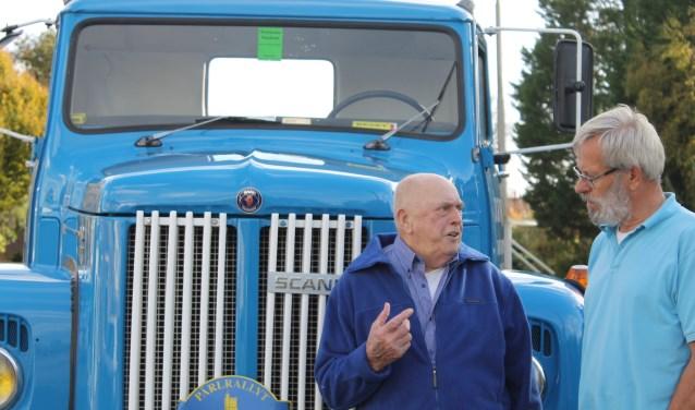 Dirk Kaptein ging een ritje maken met de Skania van Gerrit Schotte.