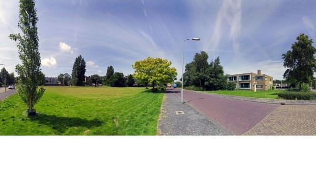 Het braak liggende stuk grond aan de Rijnlandlaan in Voorburg (archieffoto Hans Willink).