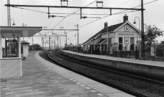 Het station Voorburg-Leidschendam van de Zuid-Hollandsche Electrische Spoorweg-Maatschappij.