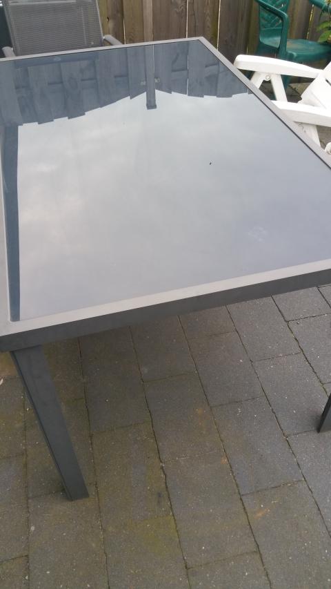 Metalen Tuintafel Met Glasplaat.Tuintafel Marktplein
