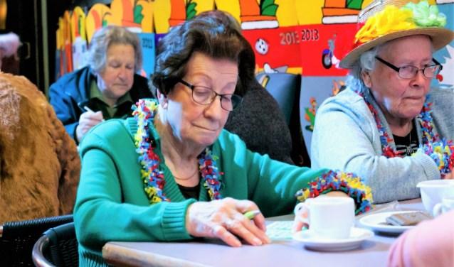 Uiteraard zal ook de bingo niet ontbreken op de carnavalsmiddag voor ouderen uit Leidschendam-Voorburg (foto: pr Damzwabbers).
