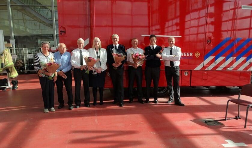 Echtpaar uit Pijnacker, Ab Rolvink, Burgemeester Francisca Ravestein, Ton Jasperse, Philip van Rijt, Bas Jongbloed en Duncan van de Laar.