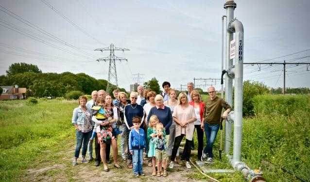Bewoners van nabijgelegen woningen in de wijk De Zijde bij de retourbemaling voor The Mall of the Netherlands (foto: pr).
