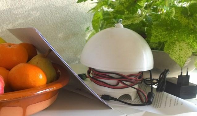 De luchtkwaliteit wordt gemeten met een zogenaamde 'paddenstoel' (foto: pr).