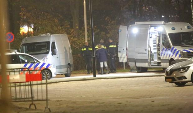 Het explosief aan de Van der Hagenstraat is ter plaatse door de EODD ontmanteld en vervolgens meegenomen. Foto's: Spa-Media