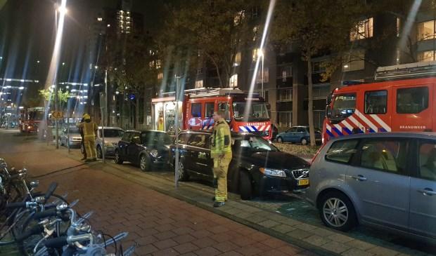 De brandweer heeft de brand, die in een van de kleedkamers woedde, snel geblust. Foto's: AS Media