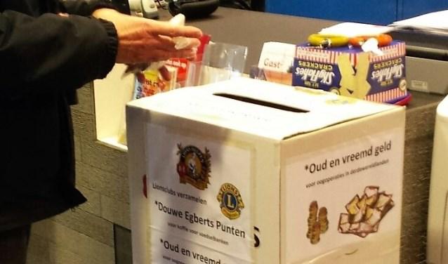Op diverse inleveradressen in Leidschendam-Voorburg en Leidschenveen staan speciale inzamelboxen waar men koffiepunten en oud en vreemd  geld kan inleveren (foto: pr).