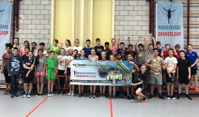 Veel leerlingen van Het Palet doen mee met de 1,5 kilometer Kids Run. Tekst: Jolanda Oskam/ Foto: Carin Bilancio