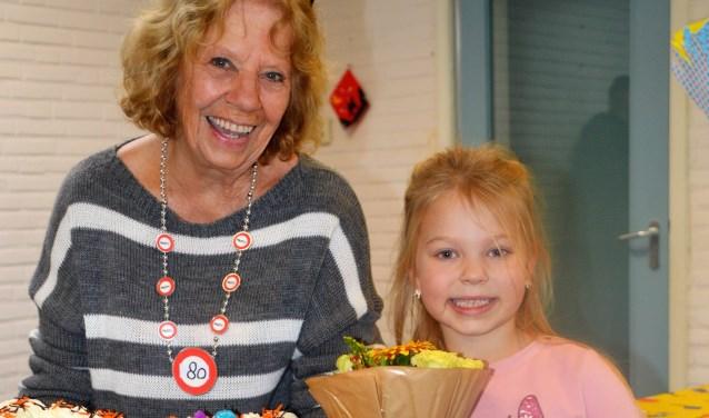 Joke werkt nog steeds met veel plezier als vrijwilligster bij de TSO van Stichting Partou op de Wegwijzerschool aan De Tol in Leidschendam.