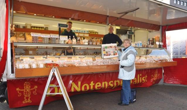 De notenbar is al 12,5 jaar een begrip in Ypenburg. Vrijdag staat hij er weer.