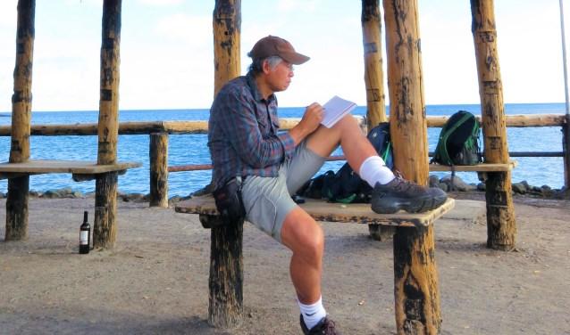 Ralph Schalk tekent altijd en overal. Ook tijdens een vakantie op de Canarische Eilanden.