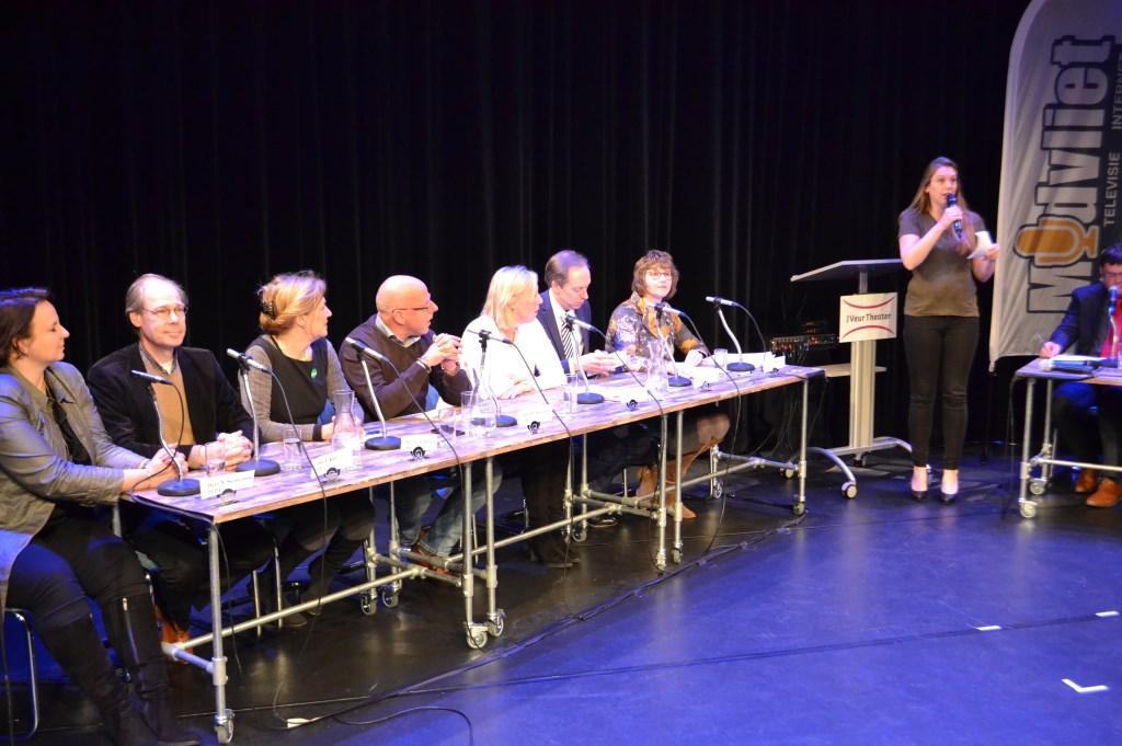 Debatleider Sonja Wortel.  Foto:  © Het Krantje