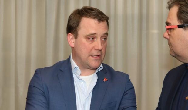 Marc Rosier, lijsttrekker VVD Zoetermeer tijdens de verkiezingsuitslagenavond. Als grootste partij neemt de VVD het voortouw bij het vormen van een coalitie en het opstellen van een coalitieakkoord. Foto: Ad Groenendaal