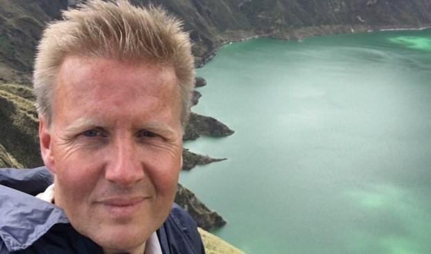 Hans Nijboer neemt mensen mee de natuur in en coacht mensen om goede keuzes te kunnen maken en hun hart weer te gaan volgen.