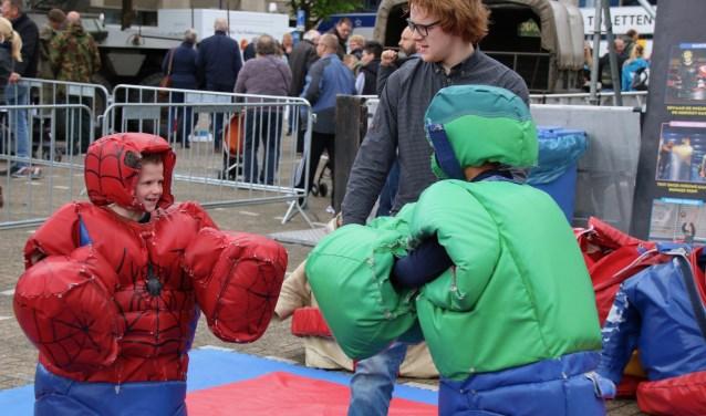 De gehele dag zijn er verschillende activiteiten en optredens te beleven voor jong en oud. Foto: pr
