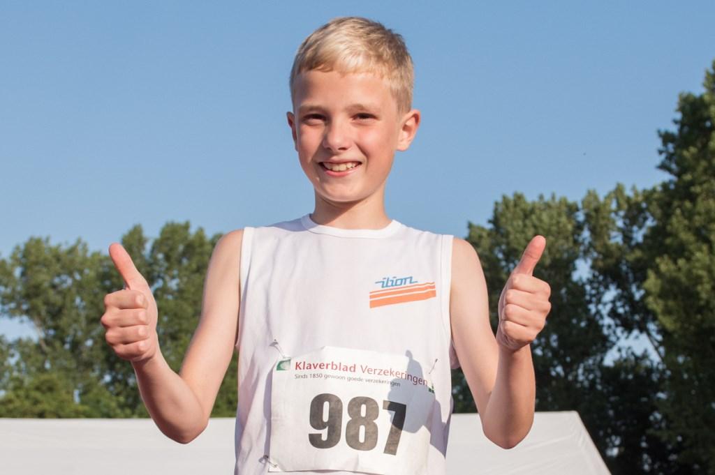 Boris Klaver (Ilion) uit Zoetermeer vestigde met 1,38 m een officieus wereldrecord voor 8-jarige atleten. Foto: Ed Turk Foto: Ed Turk © Postiljon
