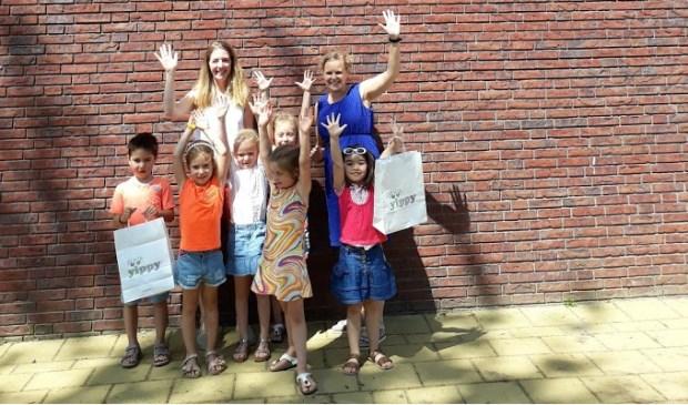 De kinderen hebben genoten en veel geleerd van het leuke bezoek aan Kinderkledingwinkel Yippy. Foto: pr