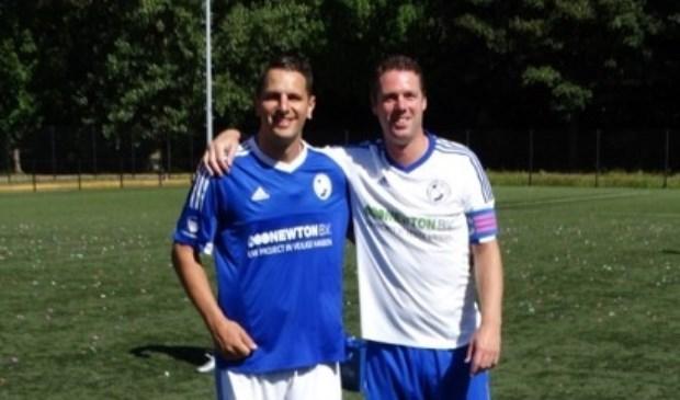 De seizoensafsluiting van s.v. DWO, met onder andere het afscheid van twee selectiespelers Wouter van Ginkel (l.) en Wouter Bakker. Foto: pr