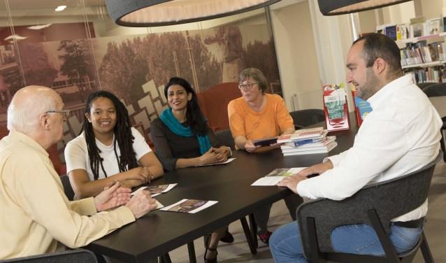 In het nieuwe Ontmoetingspunt Verlies zal de bibliotheek samenwerken met professionele verliesconsulenten en ondersteunende vrijwilligers. Foto: Jeff Lapre
