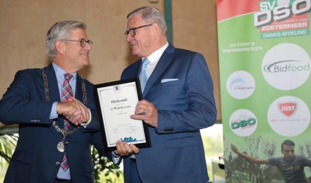 Burgemeester Charlie Aptroot en DSO voorzitter Ruud Meere. Foto: Jan van Es