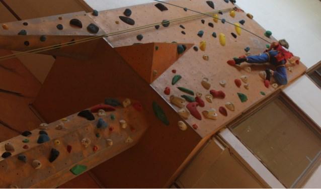 Inmiddels zijn er meer dan honderd actief klimmende jeugdleden. Foto: pr