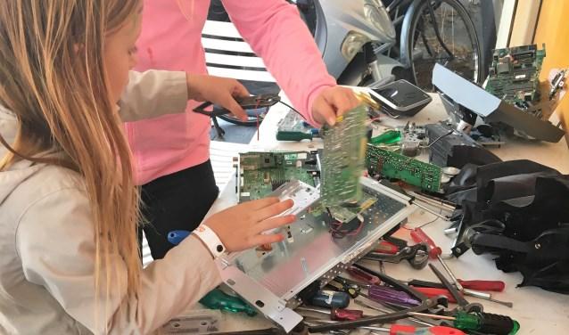 Ook allerlei elektronische apparaten zijn welkom bij het circulair afvaldepot (foto: pr).