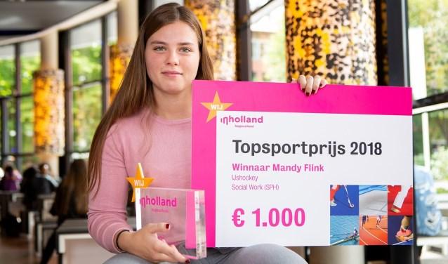 IJshockeyster Mandy Flink uit Zoetermeer heeft de Inholland Topsportprijs 2018 gewonnen. Foto: pr