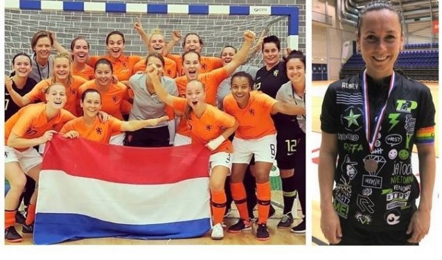 """Viviënne Knegtmans in Oranje (2e linksonder) & in TPP-shirt. """"Een nogal druk shirt met Rotterdam-dingen erop"""" (foto: privé)."""