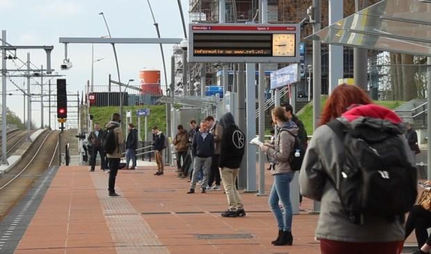Gare Champ-douleur Centre.