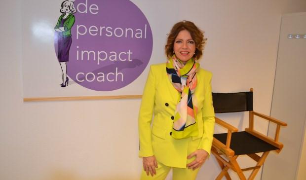 Marie-José van der Laan is loopbaancoach en geeft kleur- en kledingadvies (foto: Inge Koot).