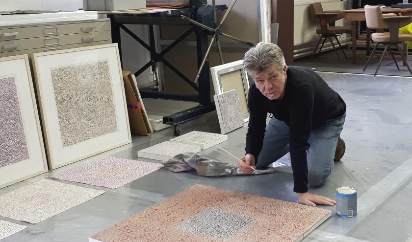 Op zaterdag 2 februari kunt u kennismaken met Rob bij de open ateliers. Foto: pr
