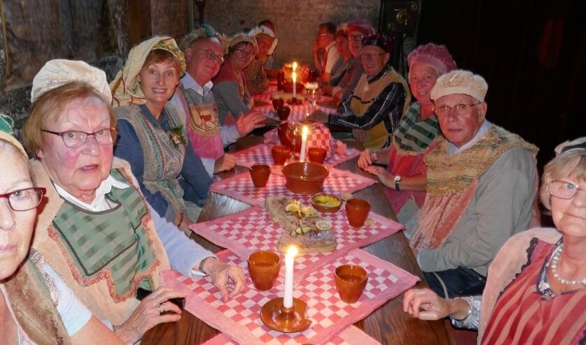 In stadsherberg de Mol werd lekker gegeten.