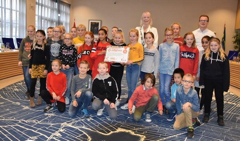 Op de foto met de burgemeester van Pijnacker-Nootdorp.