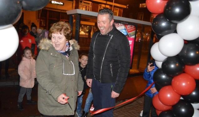 De opening werd verricht door de moeder van Dave.