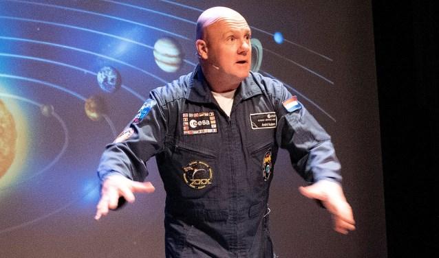 André Kuipers wil als ambassadeur van het Techniekpact leerlingen en leerkrachten voor techniek enthousiasmeren(foto: Michel Groen).